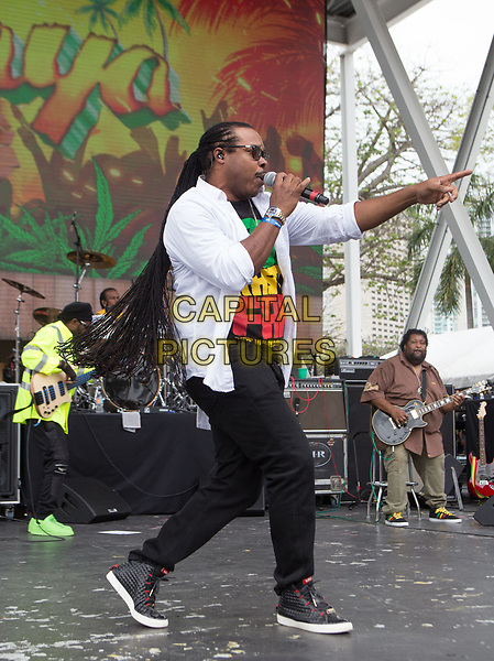 MIAMI, FL - APRIL 22: Inner Circle performs during The 1st Annual Kaya Fest at Bayfront Park Amphitheater in Miami. April 22, 2017. <br /> CAP/MPI/AG<br /> ©AG/MPI/Capital Pictures