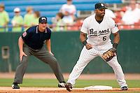 Birmingham Barons first baseman Corey Smith on defense versus the Chattanooga Lookouts at Hoover Metropolitan Stadium in Birmingham, AL, Sunday, August 20, 2006.