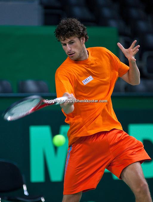 04-05-10, Zoetermeer, SilverDome, Tennis, Training Davis Cup, Robin Haase