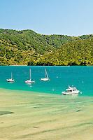 Boats in Ngakuta Bay near Picton - Marlborough, New Zealand