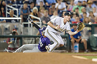 Vanderbilt Commodores third baseman Will Toffey (10) on defense against the TCU Horned Frogs in Game 12 of the NCAA College World Series on June 19, 2015 at TD Ameritrade Park in Omaha, Nebraska. The Commodores defeated TCU 7-1. (Andrew Woolley/Four Seam Images)