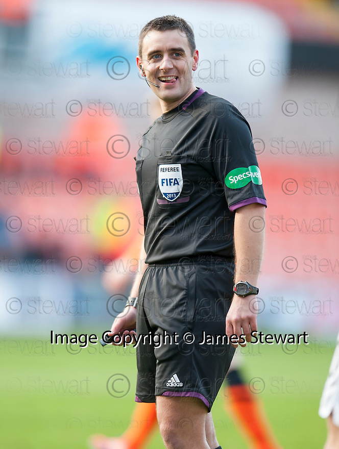 Referee Euan Norris.