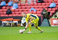 31st October 2020; Bramall Lane, Sheffield, Yorkshire, England; English Premier League Football, Sheffield United versus Manchester City; Sheffield United Goalkeeper Aaron Ramsdale rolls the ball out of his goal area