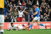 Manu Tuilagi of England touches down during the Guinness Six Nations match between England and Italy at Twickenham Stadium on Saturday 9th March 2019 (Photo by Rob Munro/Stewart Communications)