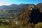 Oesterreich, Salzburger Land: Werfen an der Salzach mit Schloss Hohenwerfen und dem Hochkoenig (2.941 m) | Austria, Salzburger Land: castle Hohenwerfen, village Werfen at river Salzach and Hochkoenig mountains