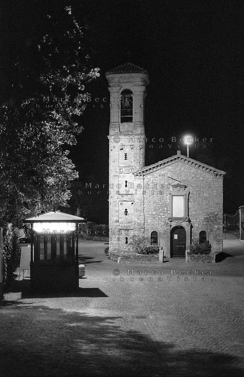 """Fortunago, paese in provincia di Pavia annoverato tra """"i borghi più belli d'Italia"""". L'antica chiesetta di Sant'Antonio --- Fortunago, small village in the province of Pavia rated within the """"most beautiful villages in Italy"""". The ancient little church of Sant'Antonio"""