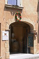 wine shop domaine la boutiniere chateauneuf du pape rhone france