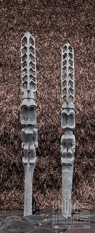 Ki'i or statues on the platform of Hale o Keawe Heiau at Pu'uhonua o Honaunau National Historical Park, Big Island.