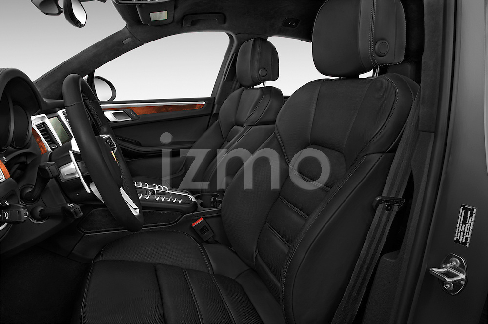 Front seat view of a 2018 Porsche Macan Turbo 5 Door SUV front seat car photos
