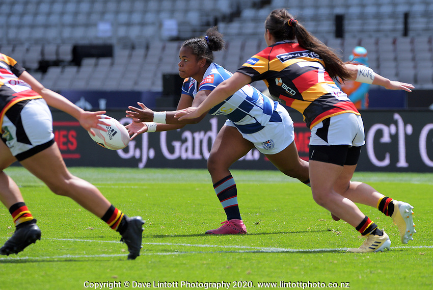 Luisa Togotogorua passes during the Farah Palmer Cup women's rugby union match between Auckland Storm and Waikato at Eden Park in Auckland, New Zealand on Sunday, 18 October 2020. Photo: Dave Lintott / lintottphoto.co.nz
