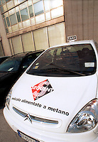 - exhibit of ecological vehicles organized by Lombardy Regional Authority, gas methane powered car ....- mostra di veicoli ecologici organizzata dalla Regione Lombardia, automobile alimentata a gas metano