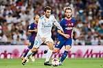 Mateo Kovacic (l) of Real Madrid fights for the ball with Ivan Rakitic of FC Barcelona during their Supercopa de Espana Final 2nd Leg match between Real Madrid and FC Barcelona at the Estadio Santiago Bernabeu on 16 August 2017 in Madrid, Spain. Photo by Diego Gonzalez Souto / Power Sport Images