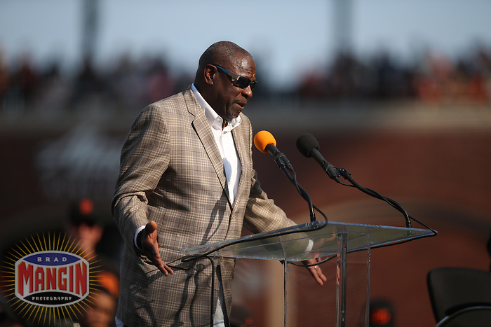 SAN FRANCISCO, CA - AUGUST 11:  Former San Francisco Giants manager Dusty Baker speaks during the ceremony to retire the #25 jersey of Barry Bonds before the game between the Pittsburgh Pirates and San Francisco Giants at AT&T Park on Saturday, August 11, 2018 in San Francisco, California. (Photo by Brad Mangin)