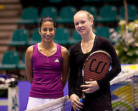 17-12-10, Tennis, Rotterdam, Reaal Tennis Masters 2010,    Kiki Bertens  en Elise Tamaela(L)