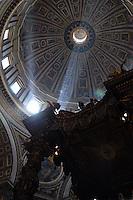 CIUDAD DEL VATICANO-19-09-2004. Catedral de San Pedro en la Ciudad del Vaticano, Italia, septiembre 19 de 2004. St. Pt. Cathedral in Vatican, on September 19, 2004. (Photo: VizzorImage/Luis Ramirez)..............