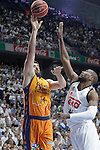 Real Madrid's Marcus Slaughter (r) and Valencia BC's Bojan Dubljevic during Liga Endesa ACB 1st Semifinal match. June 4,2015. (ALTERPHOTOS/Acero)