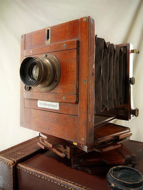 Lancaster International Half Plate wooden View Camera with film slides