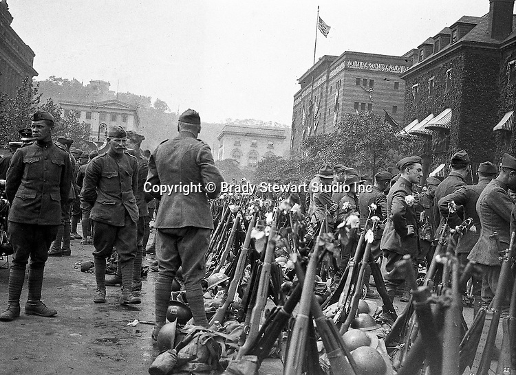 Oakland PA: The 80th Army Division mustering to travel to Petersburg VA for boot camp.  Syria Mosque in the background
