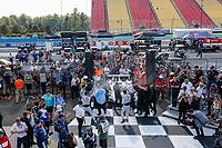 #55: Mazda Motorsports Mazda DPi, DPi: Harry Tincknell, Oliver Jarvis, Jonathan Bomarito, Champagne