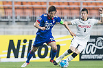 Suwon Samsung Bluewings Suwon Midfielder Yeom Ki Hun (L) fights for the ball with Kawasaki Defender Tatsuki Nara (R) during the AFC Champions League 2017 Group G match between Suwon Samsung Bluewings (KOR) vs Kawasaki Frontale (JPN) at the Suwon World Cup Stadium on 25 April 2017, in Suwon, South Korea. Photo by Yu Chun Christopher Wong / Power Sport Images