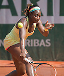 Sloane Stephens, (USA) defeats Ekaterina Makarova (RUS) 6-3, 6-4