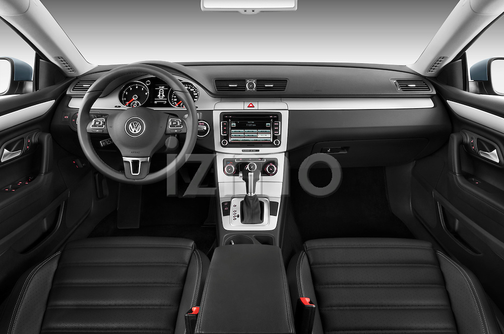 Volkswagen CC Sport R-Line 2010 Sedan Straight Dashboard View