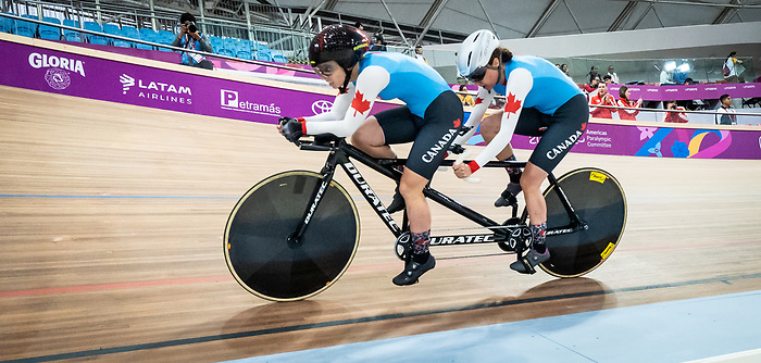 Annie Bouchard and Evelyne Gagnon - Lima 2019. Para Cycling // Paracyclisme.<br /> Annie Bouchard and Evelyne Gagnon compete in the women's 1000m time trial // Annie Bouchard et Evelyne Gagnon participent au contre-la-montre féminin du 1000 m. 27/08/2019.