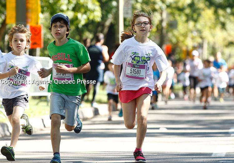 Marathon tel jeune de Montreal le 20 septembre<br /> 2015<br /> <br /> <br /> <br /> PHOTO :   Agence Quebec Presse