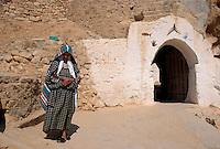 Berber in Wohnhöhle, Tijma  bei Matmata, Tunesien