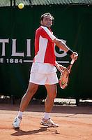 16-8-06,Amsterdam, Tennis, NK,  Quarter final match, Paul Logtens
