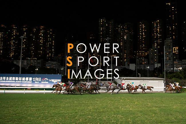 Jockeys riding their horses during race 3 Hong Kong Racing at Happy Valley Race Course on November 29, 2017 in Hong Kong, Hong Kong. Photo by Marcio Rodrigo Machado / Power Sport Images