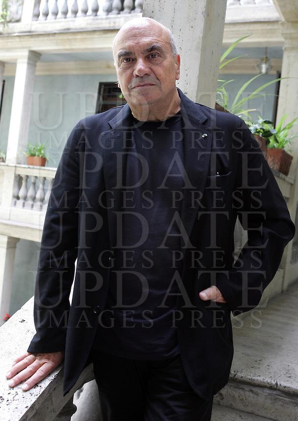 L'architetto Massimiliano Fuksas nel palazzo della sua abitazione a Roma, 26 maggio 2008..Italian architect Massimiliano Fuksas portrayed in Rome, 26 may 2008..UPDATE IMAGES PRESS/Riccardo De Luca