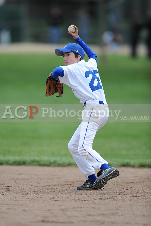 The Major Dodgers play on opening day in Pleasanton National Little League  March 14, 2009.