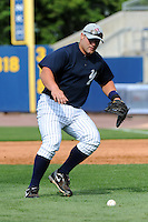 Staten Island Yankees firstbaseman Kyle Roller (48) during first team workout at Richmond County Bank Ballpark at St. George in Staten Island, NY June 15, 2010.  Photo By Tomasso DeRosa/Four Seam Images