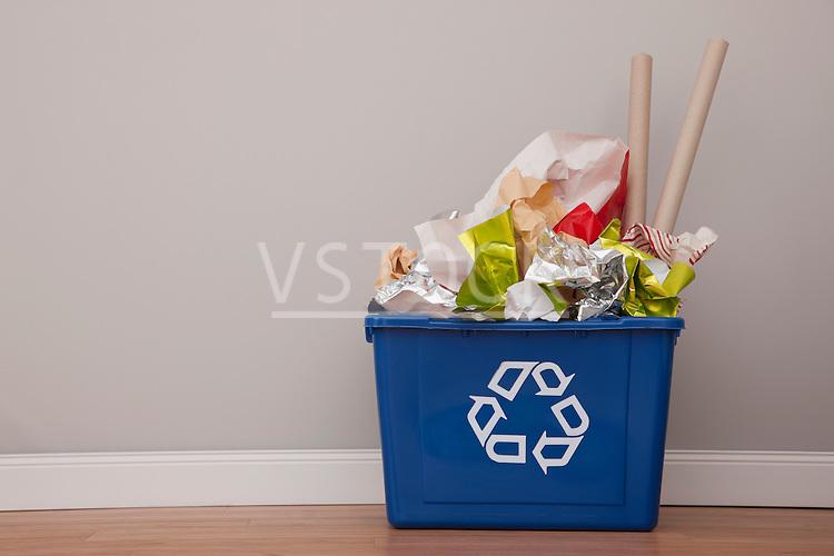 USA, Illinois, Metamora, Recycling bin