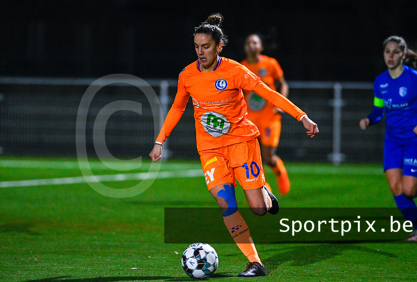 Chloe Vande Velde (10) of AA Gent pictured during a female soccer game between  Racing Genk Ladies and AA Gent Ladies on the eleventh matchday of the 2020 - 2021 season of Belgian Scooore Womens Super League , friday 22 th of January 2021  in Genk , Belgium . PHOTO SPORTPIX.BE | SPP | DAVID CATRY