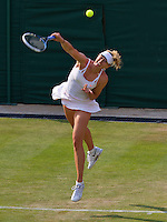 26-06-13, England, London,  AELTC, Wimbledon, Tennis, Wimbledon 2013, Day three, Maria Sharapova (RUS)<br /> <br /> <br /> <br /> Photo: Henk Koster