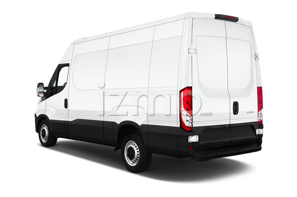 Car pictures of rear three quarter view of a 2018 Iveco Daily 35S 4 Door Cargo Van angular rear
