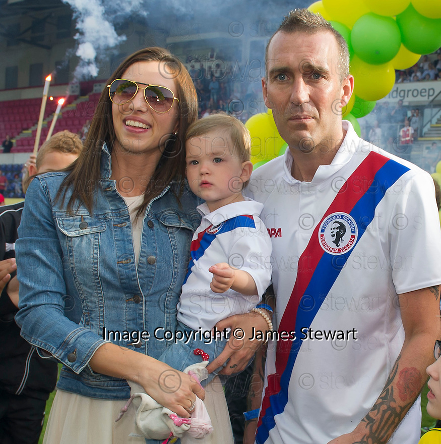 Fernando Ricksen Testimonial :  Fernando Ricksen with his wife Veronica and daughter Isabella.