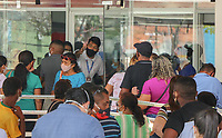 Teresina (PI), 07/04/2021 - Aglomerações nas agências bancárias em Teresina (PI). O estado registrou um aumento de 44% nas mortes por Covid-19. Os dados são do boletim da Secretaria Estadual de Saúde, divulgado na noite deste sábado (3/04). Na última segunda-feira (05/04), o Ministério Público do Piauí realizou videoconferência com representantes de bancos atuantes no Piauí para cobrar a aplicação de medidas sanitárias de prevenção à Covid-19.