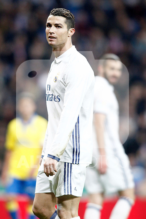 Real Madrid's Cristiano Ronaldo (l) and Karim Benzema during La Liga match. March 1,2017. (ALTERPHOTOS/Acero)