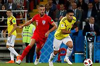 MOSCU - RUSIA, 03-07-2018: Radamel FALCAO GARCIA (Der) jugador de Colombia disputa el balón con Jordan HENDERSON (Izq) jugador de Inglaterra durante partido de octavos de final por la Copa Mundial de la FIFA Rusia 2018 jugado en el estadio del Spartak en Moscú, Rusia. / Radamel FALCAO GARCIA (R) player of Colombia fights the ball with Jordan HENDERSON (L) player of England during match of the round of 16 for the FIFA World Cup Russia 2018 played at Spartak stadium in Moscow, Russia. Photo: VizzorImage / Julian Medina / Cont