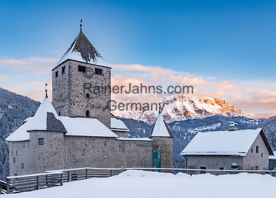 Italy, South Tyrol (Trentino-Alto Adige), San Martino in Badia: Museum Ladin in Castle Thurn | Italien, Suedtirol (Trentino-Alto Adige), St. Martin in Thurn: Museum Ladin im Schloss Thurn