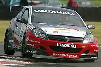 Round 7 of the 2005 British Touring Car Championship. #88. Gavin Smith (IRL). VX Racing. Vauxhall Astra Sport Hatch.
