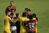 Volta Redonda (RJ), 05/04/2021 - MADUREIRA-FLAMENGO - Partida entre Madureira e Flamengo, válida pela oitava rodada da Taça Guanabara, realizada no Estádio Raulino de Oliveira, em Volta Redonda, nesta segunda-feira (05).