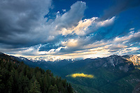 View of sun and clouds from Moro Rock. Sequoia National Park, California