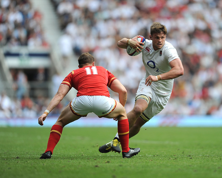 Jack Clifford of England looks to go past Hallam Amos of Wales during the Old Mutual Wealth Cup match between England and Wales at Twickenham Stadium on Sunday 29th May 2016 (Photo: Rob Munro/Stewart Communications)