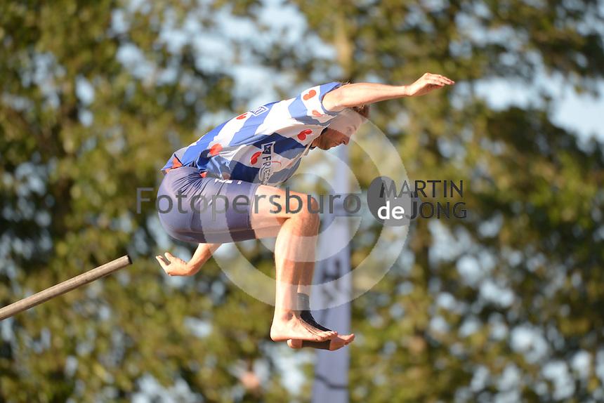 FIERLJEPPEN: IT HEIDENSKIP: 30-06-2018, Thewis Hobma, 20.37 meter, ©foto Martin de Jong