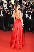 Bella HADID sur le tapis rouge pour la projection du film en competition OKJA lors du soixante-dixiËme (70Ëme) Festival du Film ‡ Cannes, Palais des Festivals et des Congres, Cannes, Sud de la France, vendredi 19 mai 2017.