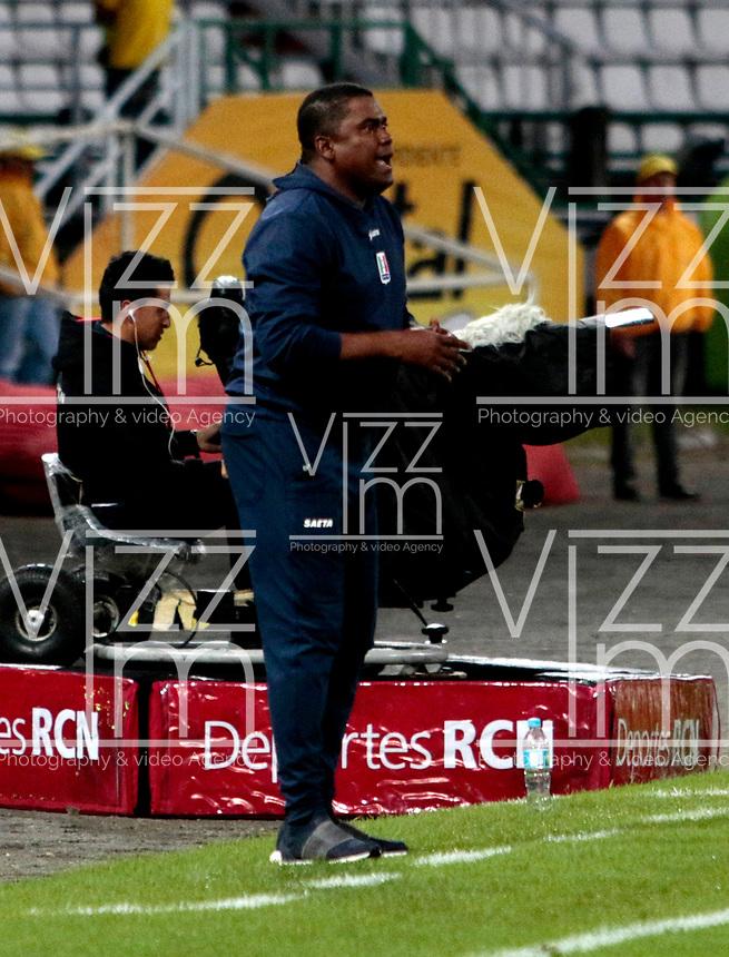 MANIZALES - COLOMBIA - 29 - 03 - 2018: Hubert Bodhert, técnico de Once Caldas, durante partido entre Once Caldas y Millonarios, de la fecha 11 por la Liga de Aguila I 2018 en el estadio Palogrande en la ciudad de Manizales. / Hubert Bodhert, coach of Once Caldas, during a match between Once Caldas and Millonarios, of the 11th date for the Liga de Aguila I 2018 at the Palogrande stadium in Manizales city. Photo: VizzorImage  / Santiago Osorio / Cont.